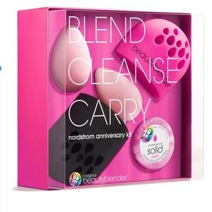 BEAUTYBLENDER  blend.cleanse.carry Set
